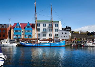 Skibet Nordlyset i Torshavn på kør-selv ferie, bilferie og grupperejser med FÆRØERNEREJSER